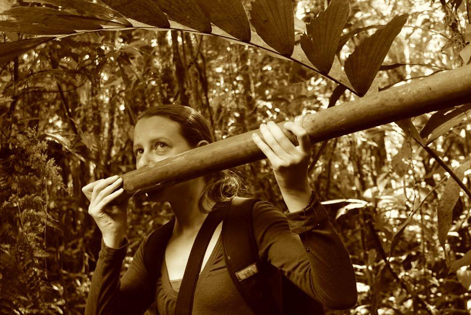 Manu park volunteer